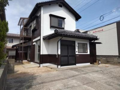 【外観】鳥取市湖山町南5丁目中古戸建て