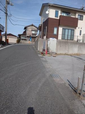 【前面道路含む現地写真】鳥取市賀露町北2丁目土地
