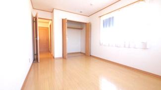 2階7.5帖洋室