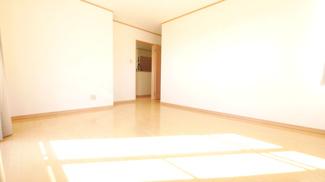 2階9.2帖主寝室 バルコニーへのアクセス可能