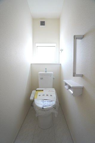 1階 シャワートイレ