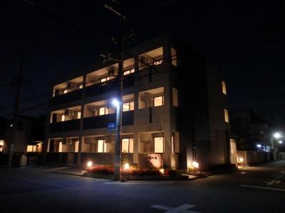外観写真(夜)