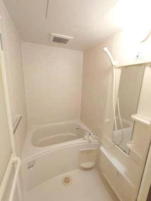 【浴室】シャーメゾンシーガル