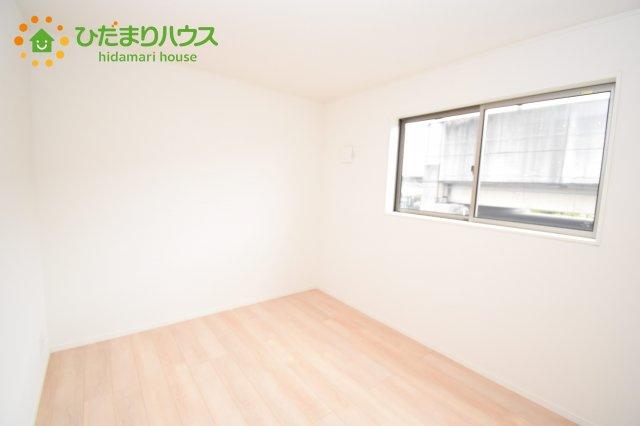 【洋室】伊奈町西小針 第5 新築一戸建て クレイドルガーデン 02