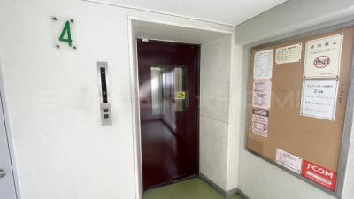 エレベーターもあります。
