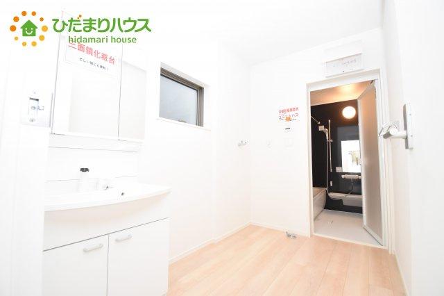 【洗面所】伊奈町西小針 第5 新築一戸建て クレイドルガーデン 01