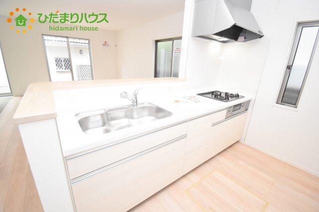 【キッチン】伊奈町西小針 第5 新築一戸建て クレイドルガーデン 01