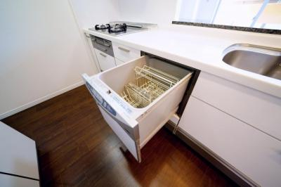 食器洗浄機付です。洗い物は機械にお任せできます。
