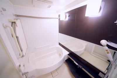 浴室広々1418サイズです。