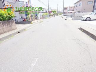 前面道路幅約8.9m☆車の出入りもラクラクできちゃいます(^^♪