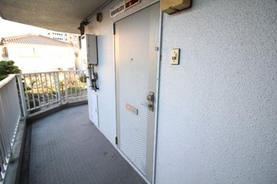 【玄関】ウエストプラザ新保