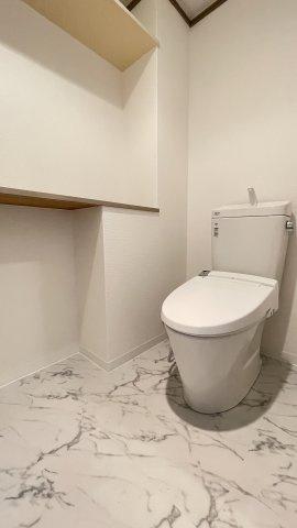 タイル張りの外壁はおしゃれなだけじゃなく、耐久性にも優れているんです