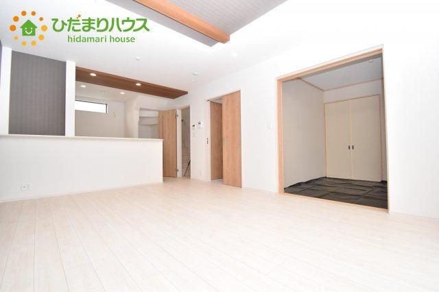 【居間・リビング】上尾市小泉7丁目 2期 新築一戸建て 05