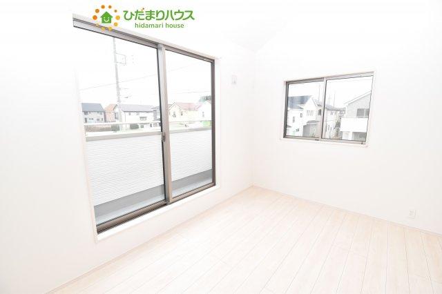 【洋室】上尾市小泉8丁目 新築一戸建て 03