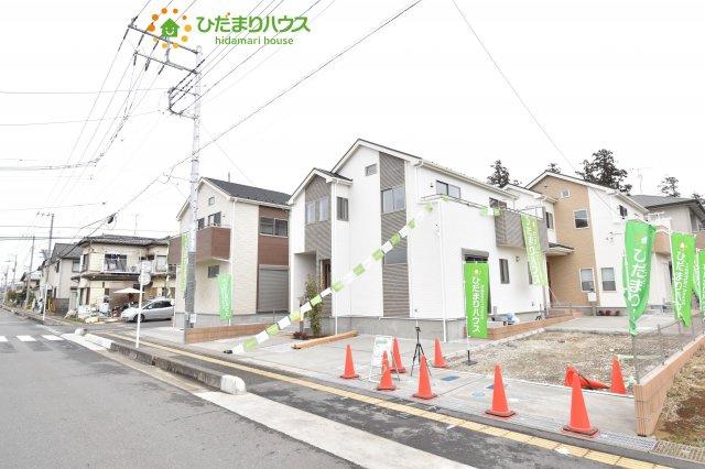 【前面道路含む現地写真】上尾市小泉8丁目 新築一戸建て 03