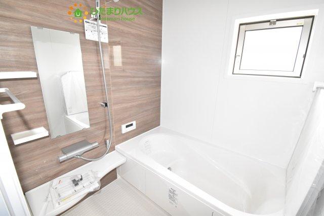 【浴室】上尾市小泉8丁目 新築一戸建て 04
