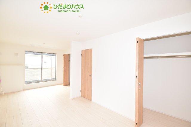 【収納】上尾市小泉8丁目 新築一戸建て 04