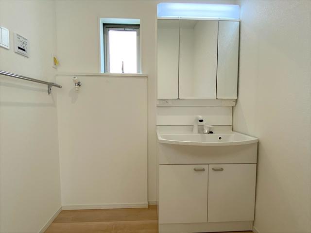 【浴室】新築一戸建て「小田原市扇町第16」全2棟/残2棟