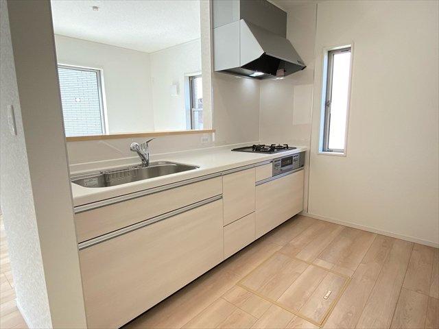 【キッチン】新築一戸建て「南足柄市和田河原第15」全1棟