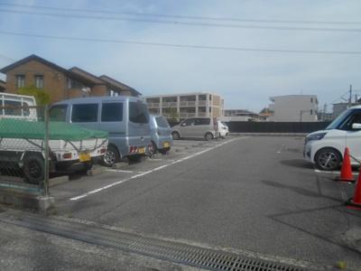 【外観】阪上八郎駐車場