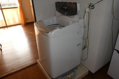洗濯機置き場(洗濯機完備)