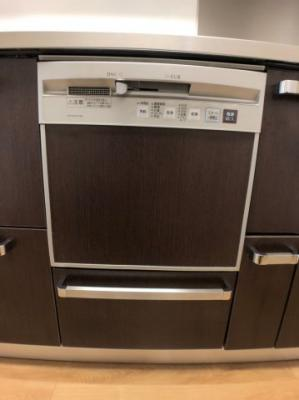 奥様に大変喜ばれる食洗機付きです。
