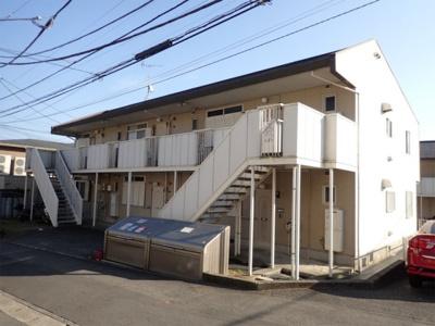 積水ハウス施工の賃貸住宅シャーメゾン♪「柿生」駅にアクセス可能な最寄りバス停より徒歩4分!コンビニやスーパーも近くて便利な立地の2階建てアパートです♪