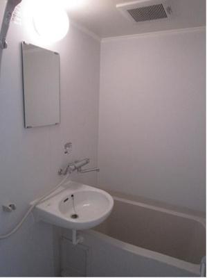 【浴室】ポルトボヌール山手(幸せの入り口)