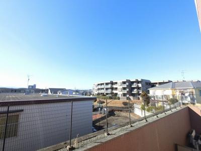 6階部分からの眺望です。 前面に遮る建物がなく開放感◎