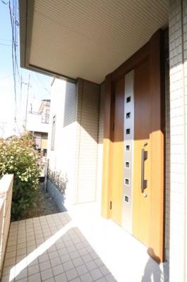 ゆったりとした玄関です 三郷新築ナビで検索