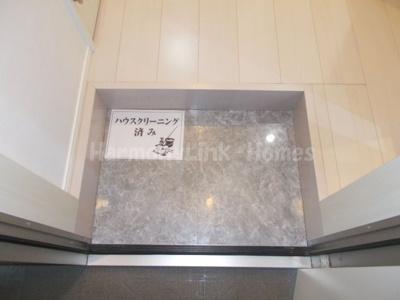 ハーモニーテラス鎌倉Ⅳの玄関