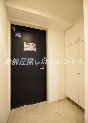 【玄関】レジディア新川