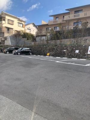 【外観】フラッツクレハ駐車場