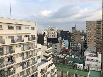 現在前面に高い建物がありませんので日当りも望めます。