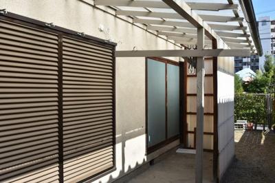 【バルコニー】栄町1丁目笹井貸家 (株)Roots