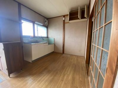 【居間・リビング】八幡荘