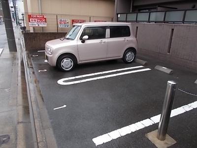 【駐車場】オンディーヌ花の木
