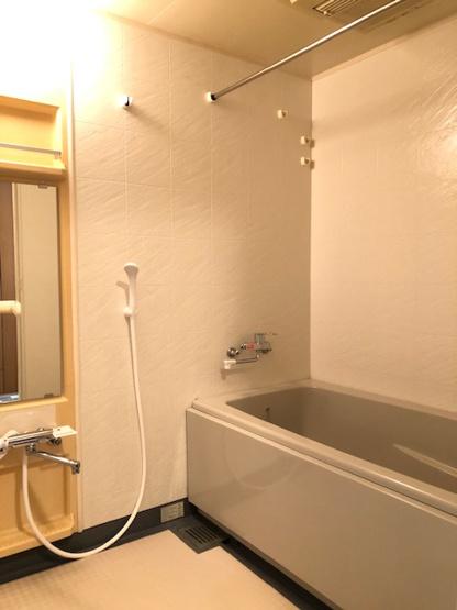 浴室乾燥機完備で梅雨や花粉の時期の洗濯も安心して干す事ができますね♪