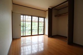 和室ベースの古民家ですが洋室も完備
