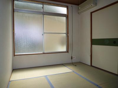 【居間・リビング】コーポ久松 東棟