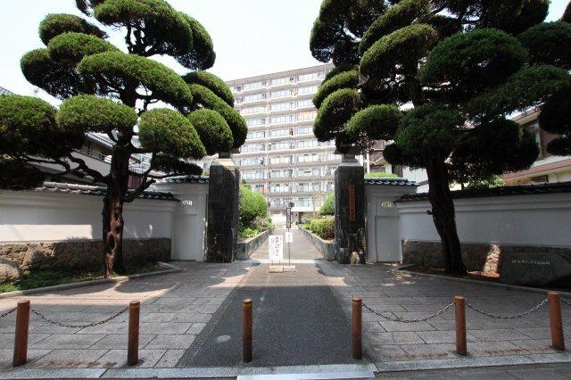 【エントランス】ローレルハイツ南福岡