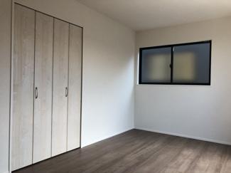 【洋室】リナージュ野洲市吉地 1号棟 新築戸建