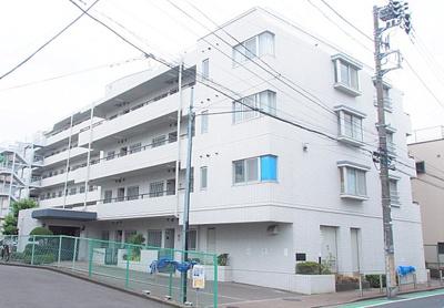 東武伊勢崎線「五反野」駅より徒歩約10分の立地。