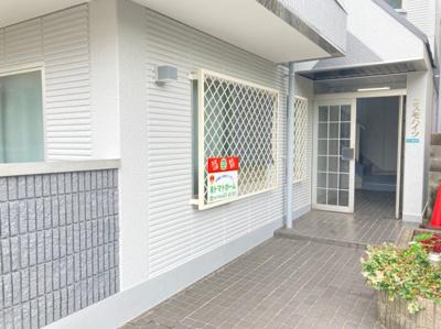 【居間・リビング】コスモハイツ
