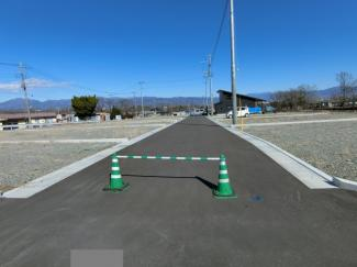 分譲地中心の道路