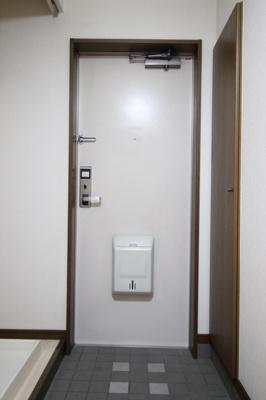 【玄関】プリベール下中野