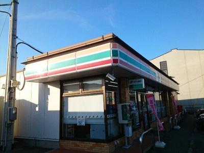 セブンイレブン上佐野町店まで750m