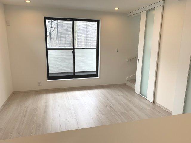 3階洋室扉