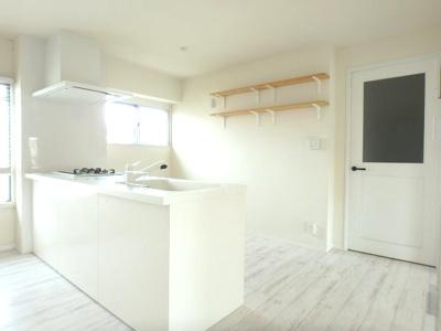 キッチンには便利な食洗器付