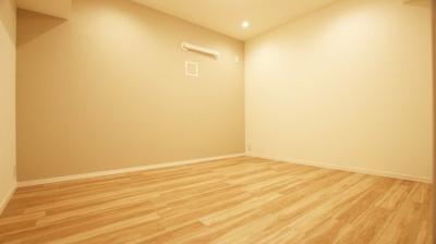 シンプルなレイアウトで使いやすいお部屋です。